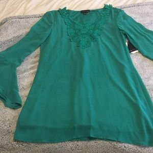 Dresses & Skirts - Jade colored dress with long sleeves